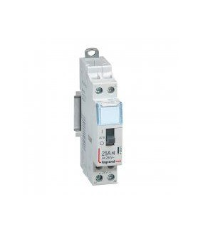 CX3 CT HC 230V 2F 25A Legrand 412501 Contacteur domestique silencieux - 230 V alternatif - 2P - 250 V alternatif/25A - 2